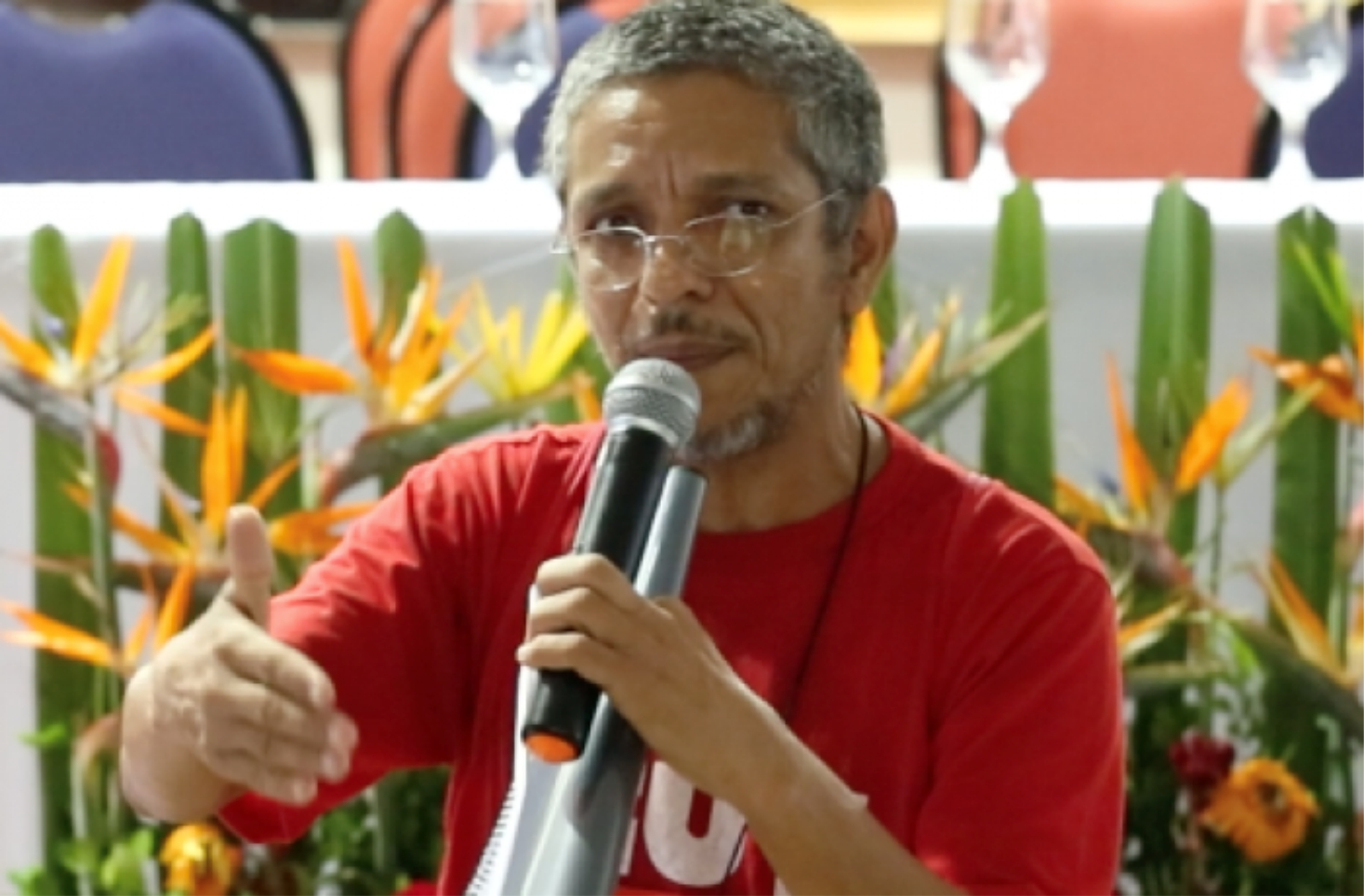 CUT entrega plataforma aos candidatos e candidatas às eleições proporcionais