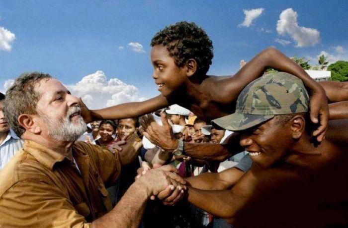 Não é 'coitadismo': ações do PT mudaram para melhor a vida de milhões de pessoas