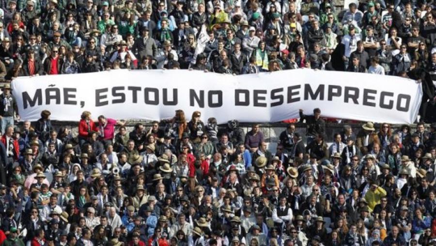 Um Brasil em declínio social e econômico