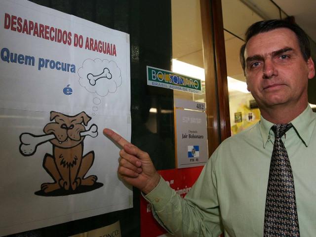 Bolsonaro encerra grupos responsáveis por identificar ossadas de vítimas da ditadura