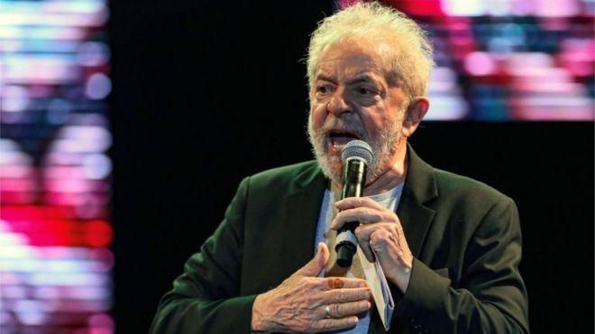 Tribunal confirma condenação de Lula em caso do sítio de Atibaia e aumenta pena para 17 anos